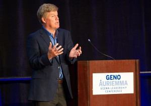 Geno Auriemma UConn Leadership Conference 2013